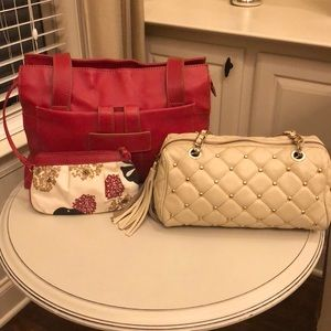 2 leather handbags(Franklin Covey/CLAUDIA Firenze)